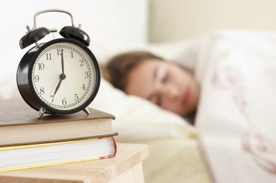 Скільки людина може не спати та що тоді відбувається з організмом