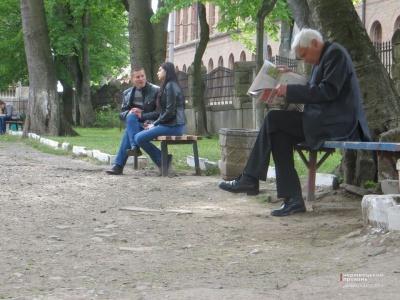 Клічук обіцяє до Дня Незалежності відремонтувати сквер біля ЧНУ