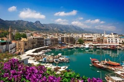 Кіпр оновив правила в'їзду для вакцинованих туристів