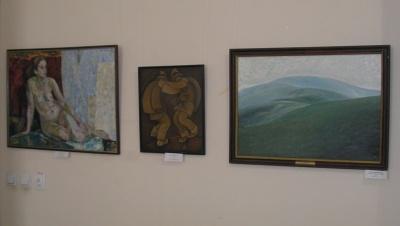 У музеї Чернівців триває виставка-спомин творів Ореста Криворучка - фото