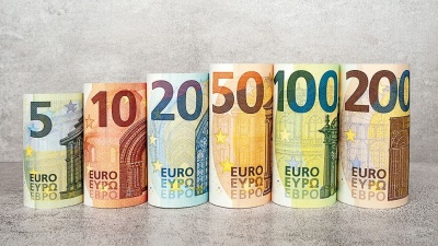 В ЄС можуть заборонити розрахунки готівкою на суму понад 10 тис євро