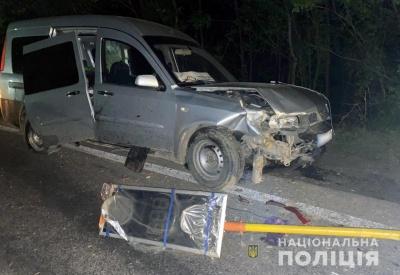 Наїхав на чоловіка та втік: на Буковині розшукали винуватця ДТП із потерпілими
