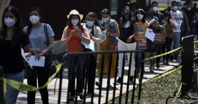 «Ситуація буде загострюватись»: медик назвав терміни нового сплеску хворих на коронавірус