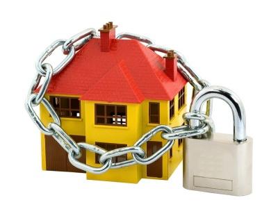 Платити за безпеку чи розплачуватись за безпечність?*