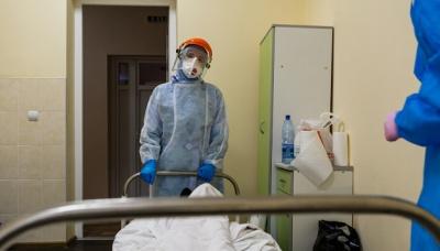 У Чернівцях медики, які лікують ковід-хворих, отримають доплати: назвали суми