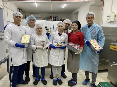 «Хотіли зробити морозиво ідеальним»: двоє молодих чернівчан налагодили виробництво морозива