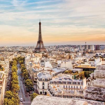 Анекдот дня: як накопичив один чоловік грошей і купив путівку в Париж